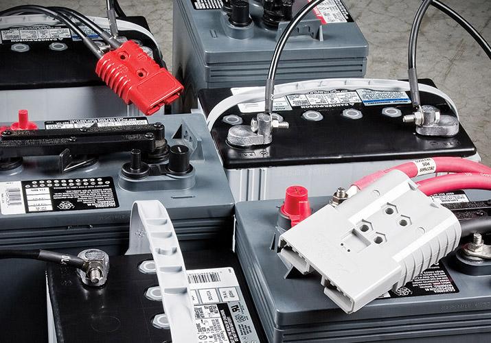 Обслуживание тяговой аккумуляторной батареи вилочного погрузчика